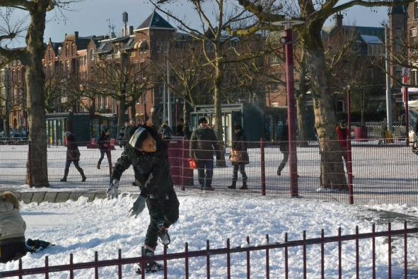 Amsterdam-SnowBall-Fight-2