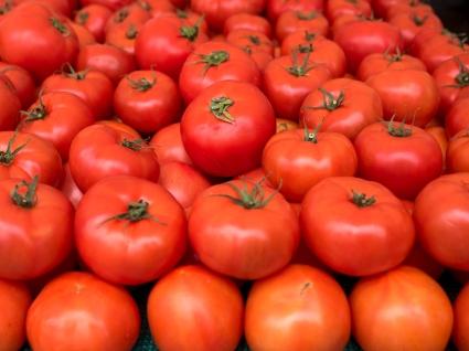 ChronicKitchen-FarmersMarket-Tomatoes