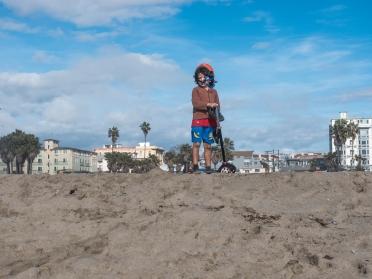 SantaMonica-Ocean-LittleBoy-Scooter